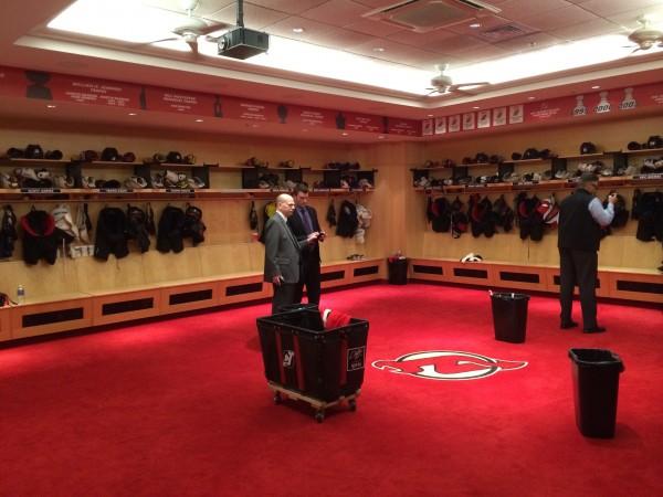 Die Kabine der New Jersey Devils nach dem Spiel. (Foto: Michael Krein)